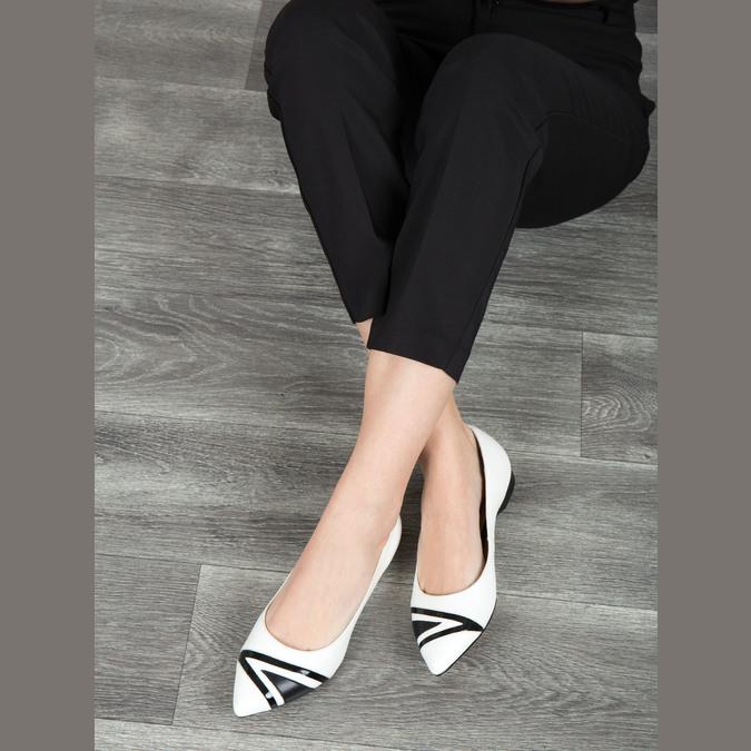 Kožené dámske baleríny bata, biela, 524-1602 - 18