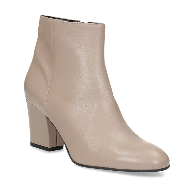 Baťa Krémová kožená členková obuv na podpätku - Všetky topánky  824f08b586c