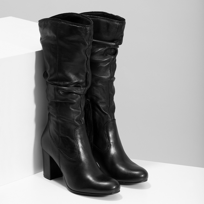 Kožené dámske čižmy s riasením bata, čierna, 794-6664 - 26