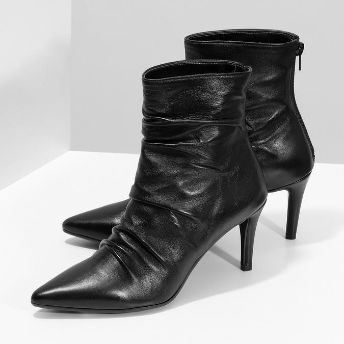 Čierne kožené čižmy s riasením bata, čierna, 794-6662 - 16